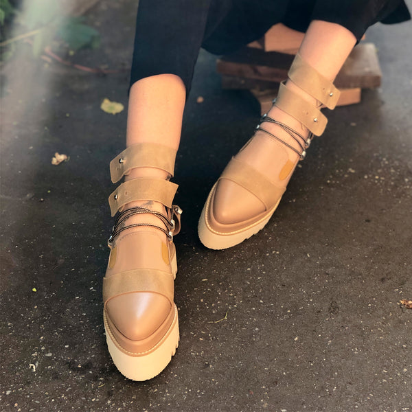 Ankle Hug flat platform shoes