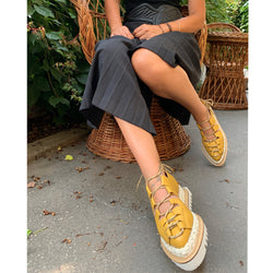 Traditional Urban yellow shoes