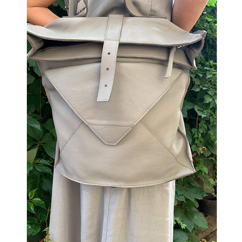 Windy Grey Leather Bag