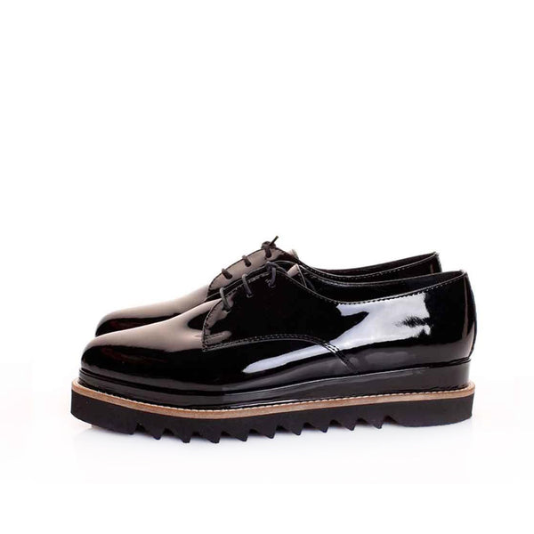 Derby Shiny Touch Shoes