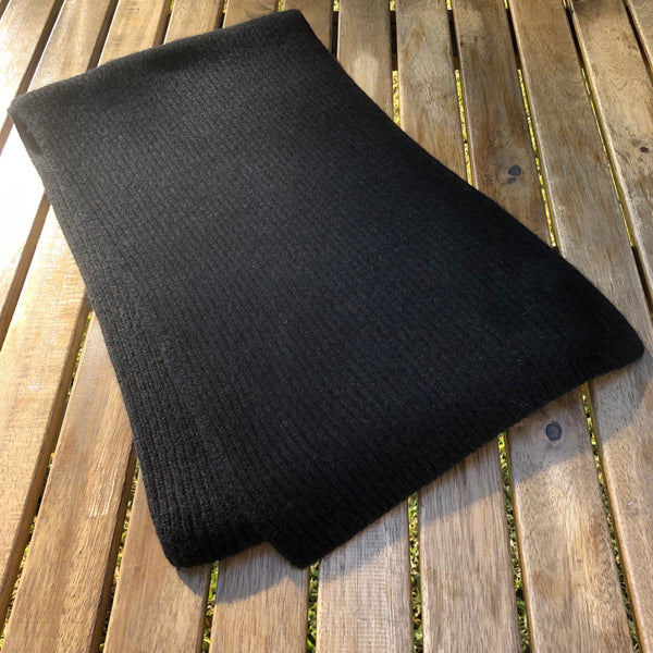 Cashmere Knit Scarf (Black)
