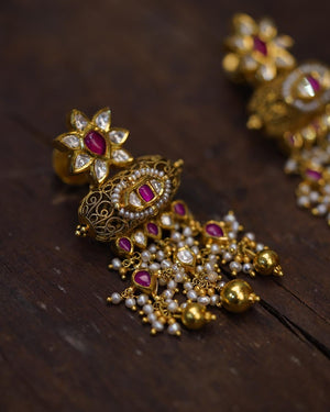 Kaaliganthi Earrings