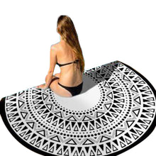 Black+White Circular Yoga Mat / Beach Blanket