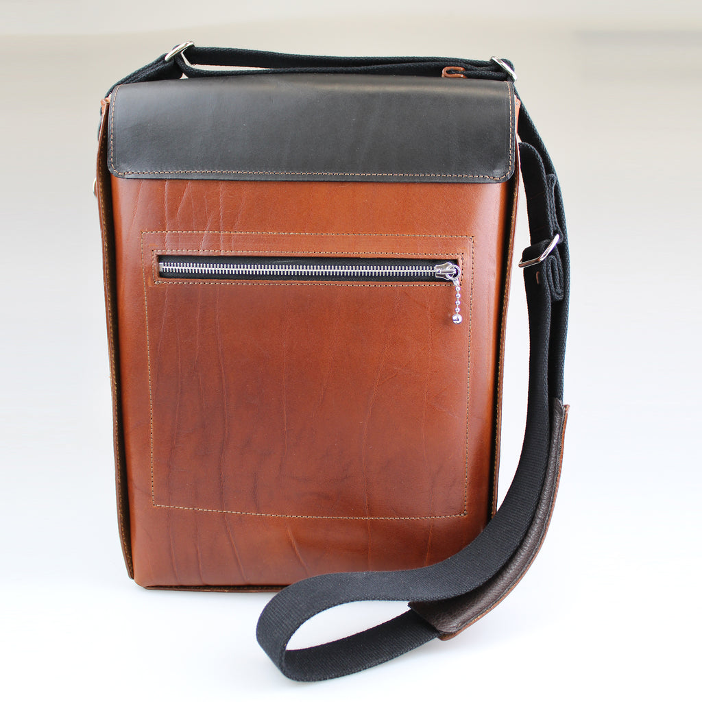 Bow Postal Bag Raw Edge Collection Tan & Black leather Bag Across body by Sam Brown London Super light weight Rear View with zip