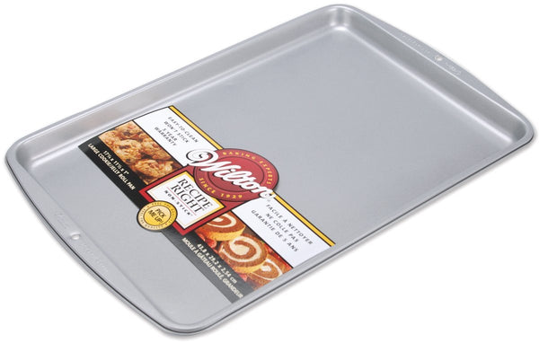 Wilton® 2105-968 Recipe Right® Non-Stick Cookie/Jelly Roll Pan, Large
