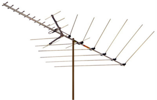 "RCA ANT3036XR Outdoor Digital TV and FM Radio Antenna with 110"" Boom"