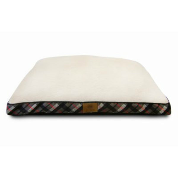 "AKC® AKC9363 Pet Bed w/ Plaid Fabric Gusseted Sides, Assorted Colors, 27"" x 36"""