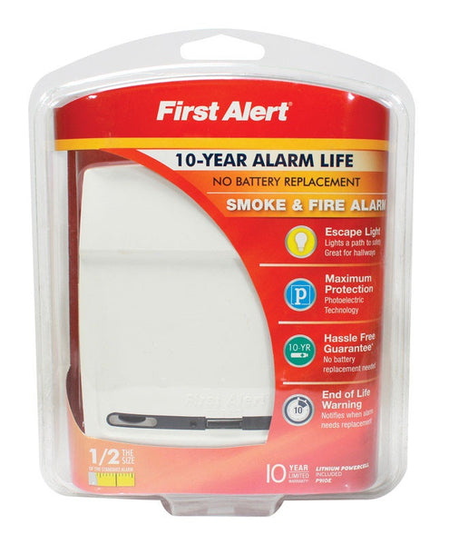 First Alert P910E Photoelectric Smoke And Fire Alarm, 3 Volt