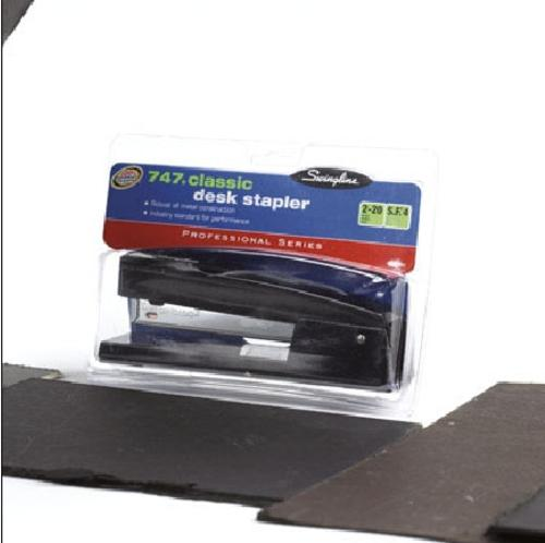 Swingline S7074771R Classic Desk Stapler, Black