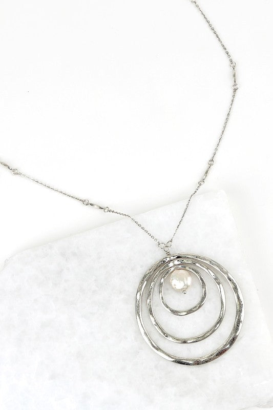 Circle Pendant with Pearl Accent