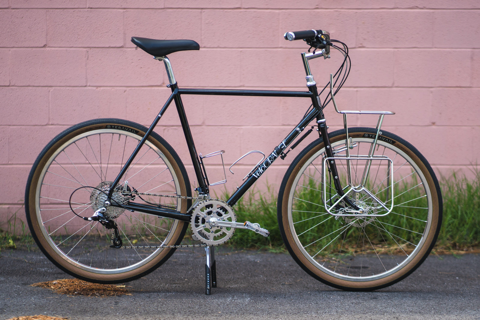 Velo Orange Polyvalent with Klunker Handlebars and Campeur Front Rack
