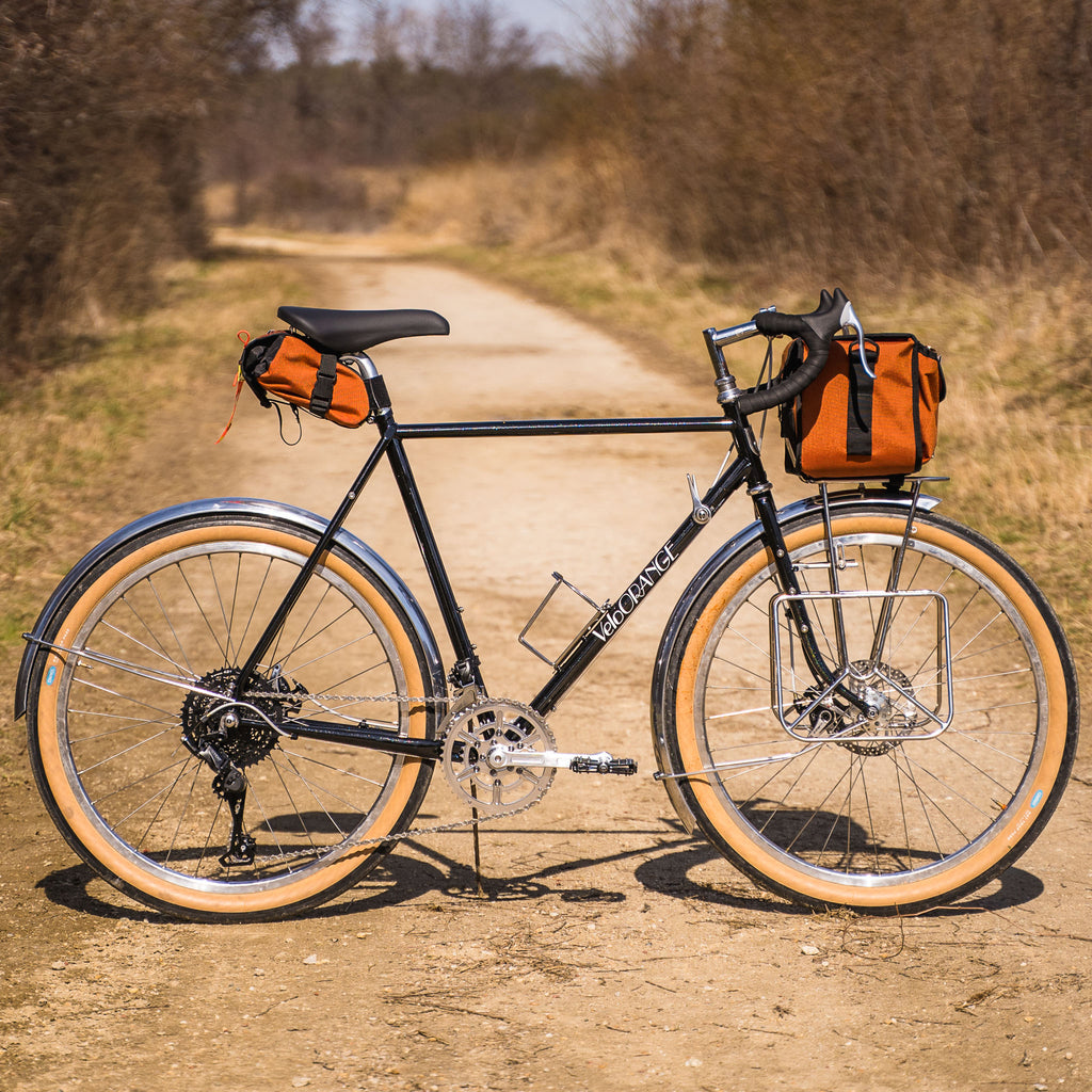 Velo OrangePolyvalent Touring Bike with Downtube Shifters and Rene Herse Compass Rat Trap Pass