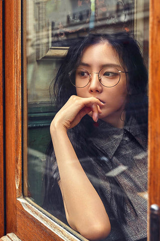 Son Na-eun wears Asian Fit eyeglasses sold online by Kaioptics