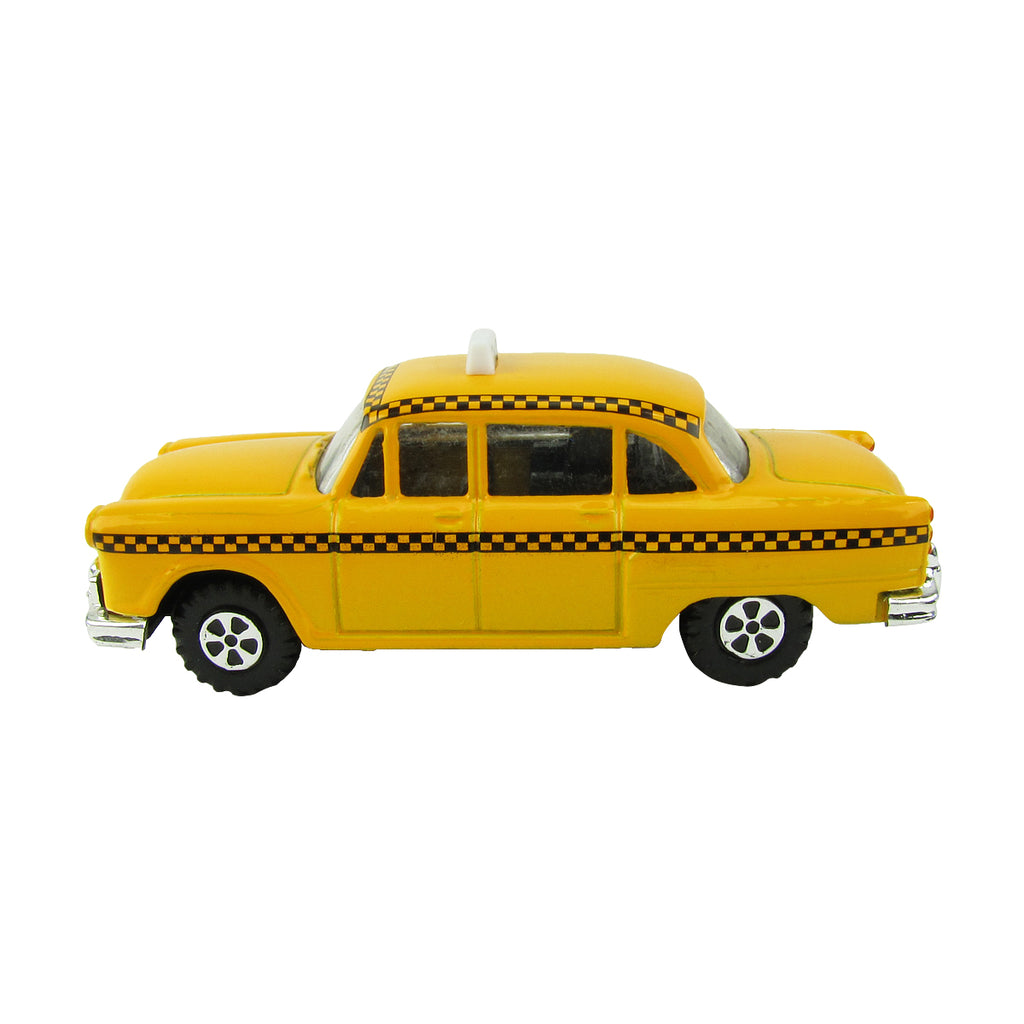 O Scale Miniature Checker Taxi Cab Model Train Accessory Features: