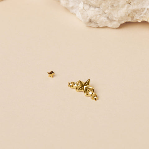 14 Gauge Teeny Gold Star Threaded Stud with Titanium Disc Closure