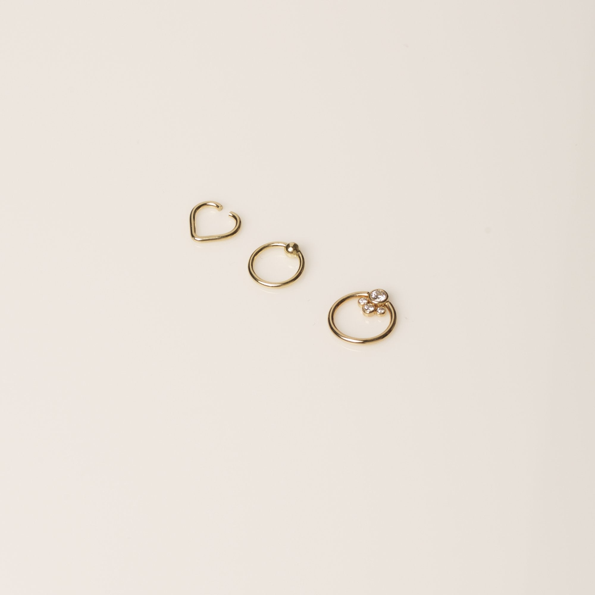 "Gold 11/32"" Fixed Bead Ring"