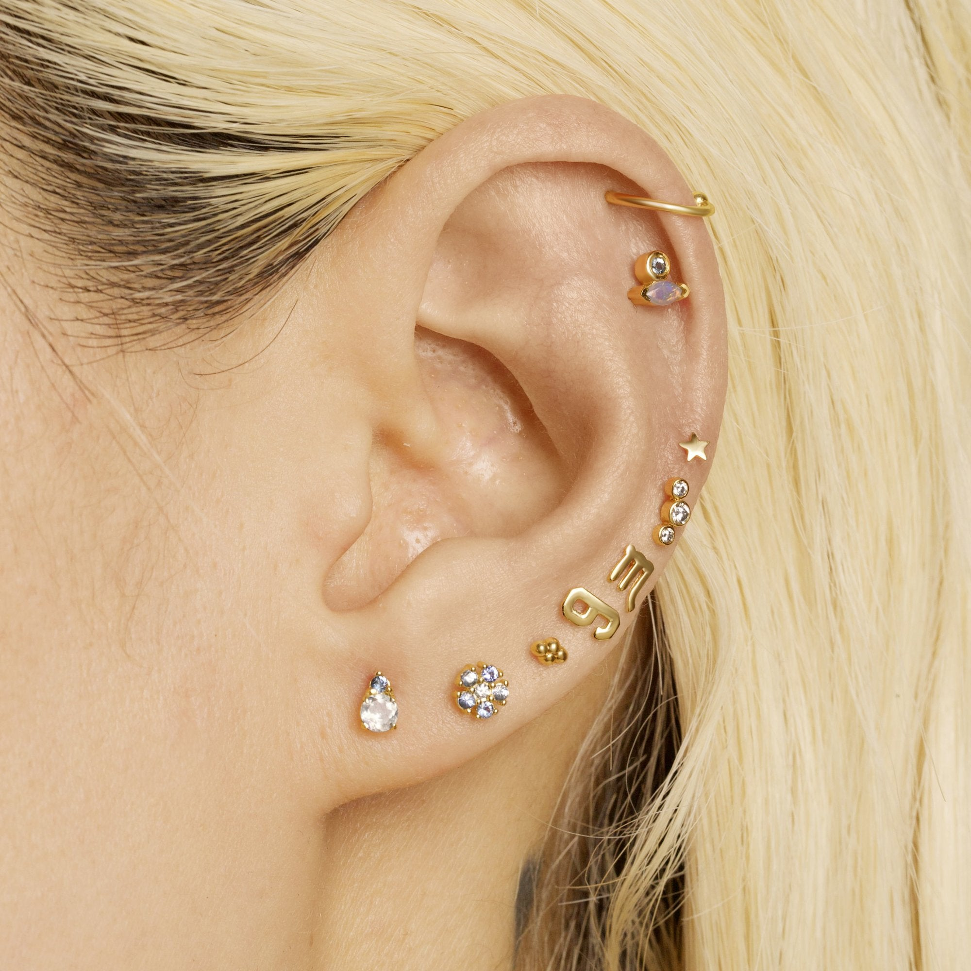 Tri Diamond Threaded Stud With Titanium Disc Closure