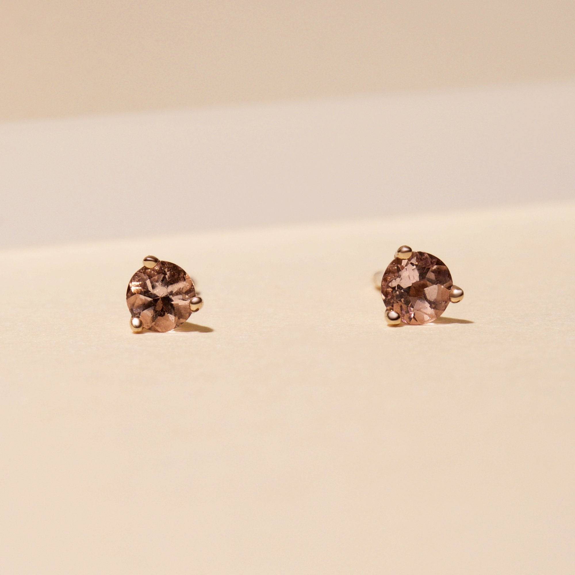 Small Morganite Stud