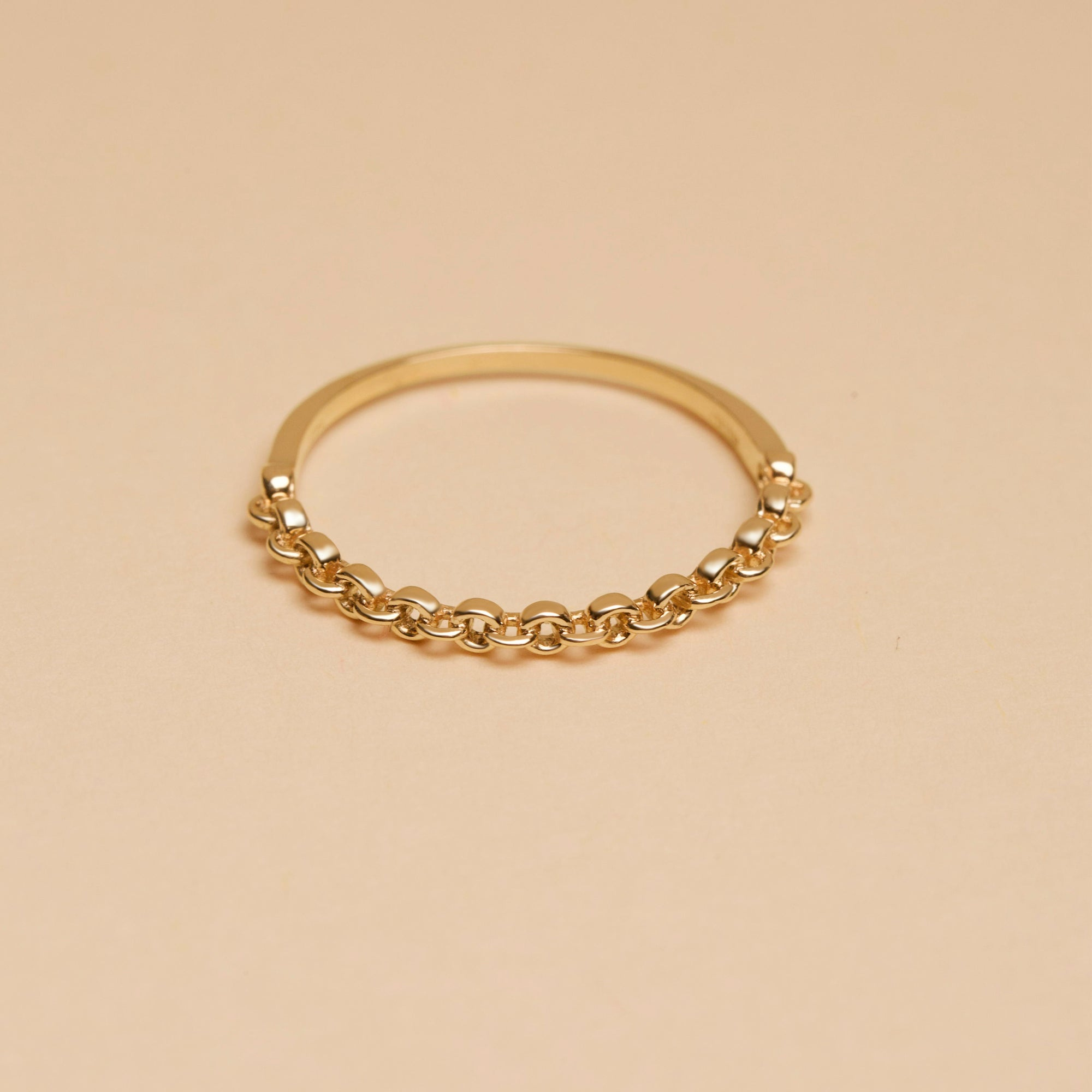 Circle Gold Chain Link Ring