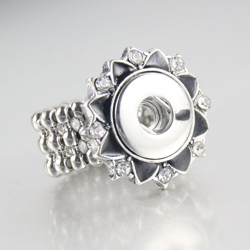 Flower Bling Ring Snap fit 18mm buttons