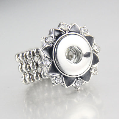 Flower Bling Ring Snap fit 12mm buttons