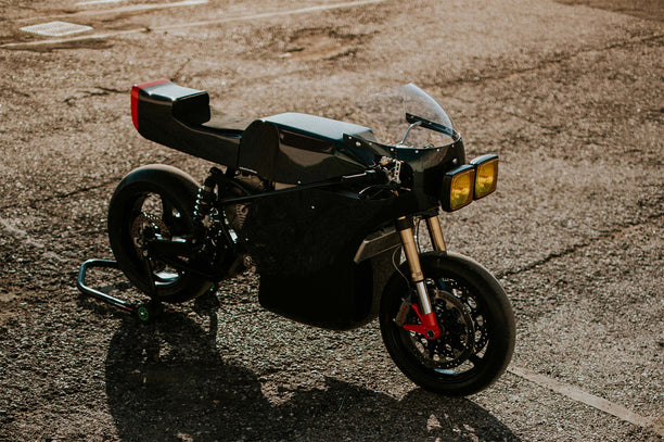 MIDNIGHT RUNNER // Apache Customs X Energica Motor Company
