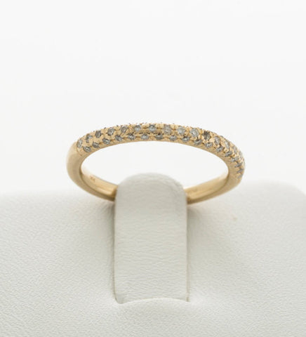 Vintage Art Deco Styled Stunning 14 kt Yellow Gold Diamond Eternity Band Featuring Over 50 Smaller Sparkly Clean White Diamonds US Size 6.5