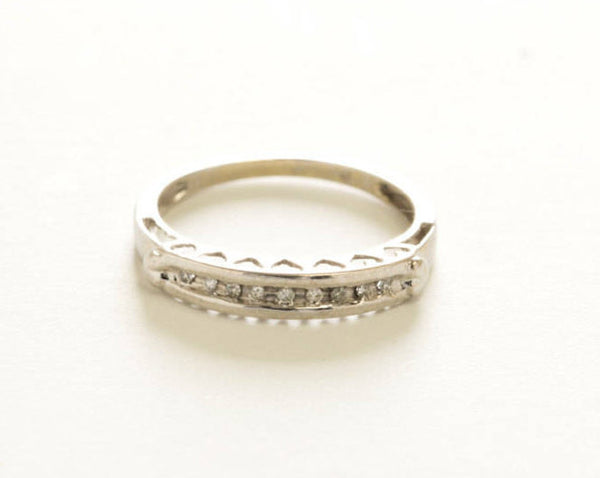 VERY AFFORDABLE ~ Estate Eternity Band 14kt White Gold Retro Design With 5 Very Clean and Very White VS - F/G Diamonds Size 6.5