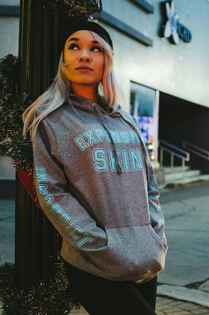 Expensive Skin College Women's Gunmetal Lightweight Pullover