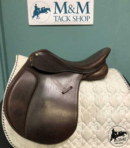 Collegiate Senior Event Convertible Saddle
