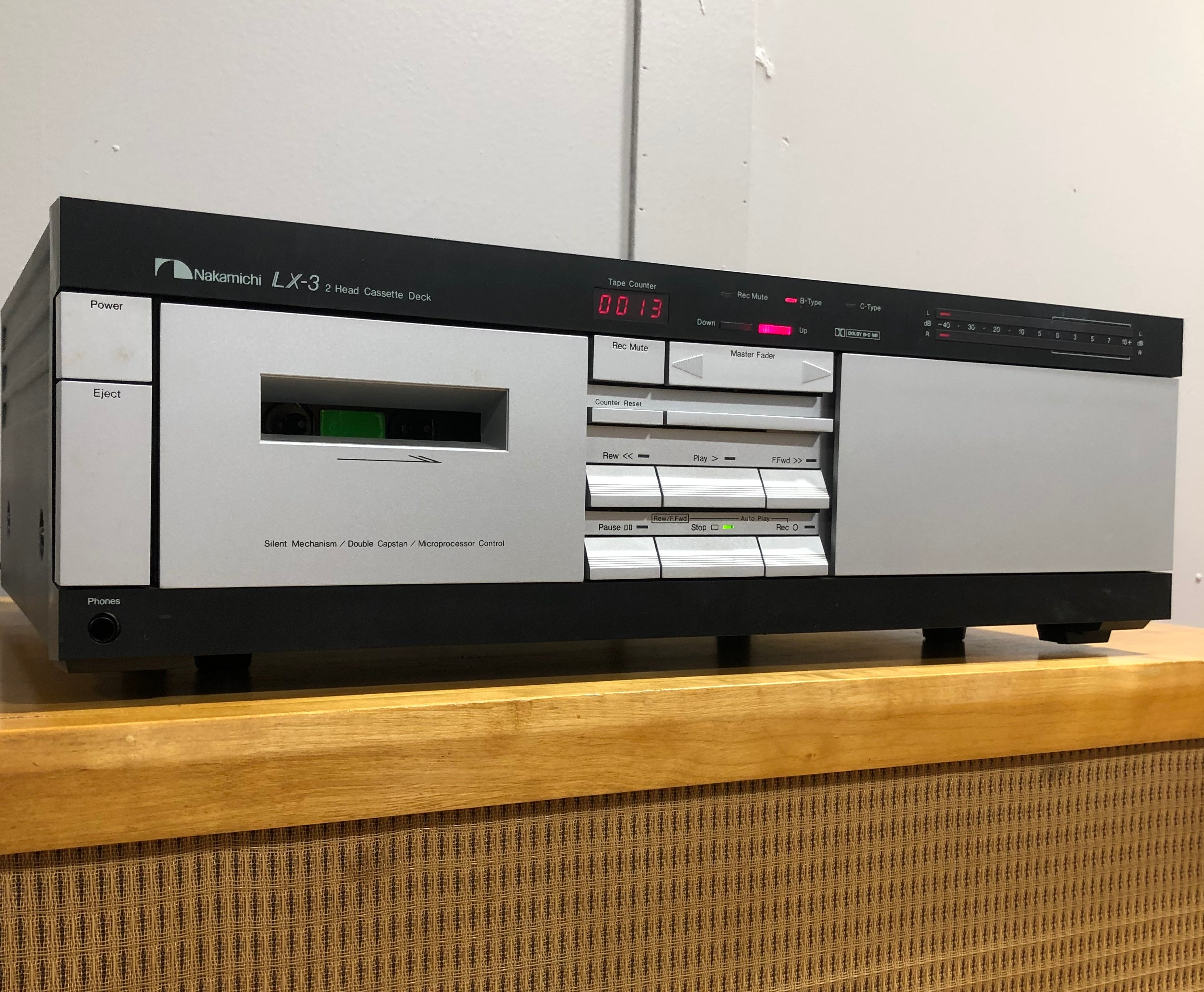 SOLD: Nakamichi LX-3 2-Head Cassette Player