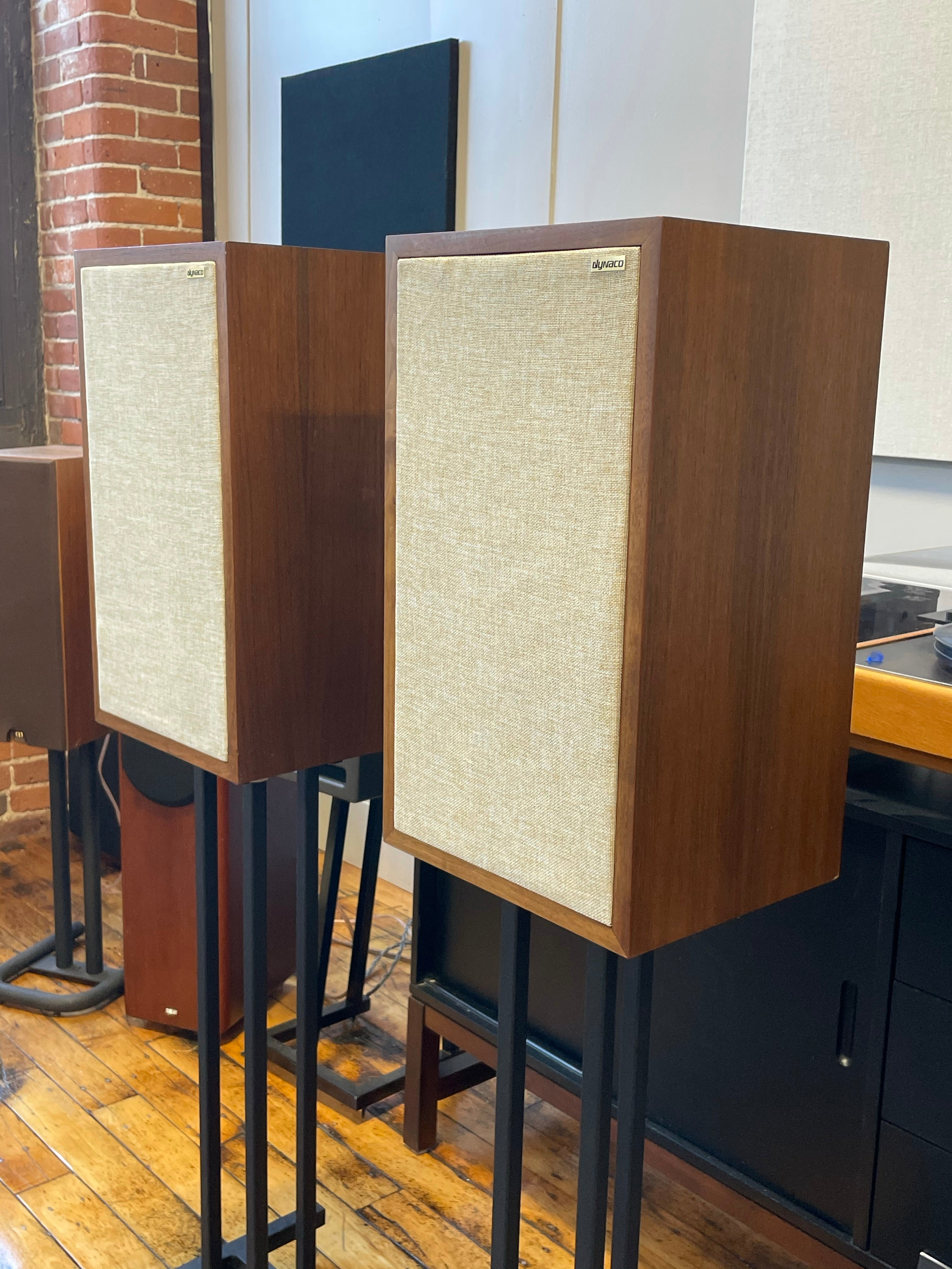 SOLD: Dynaco A25 Bookshelf Speakers