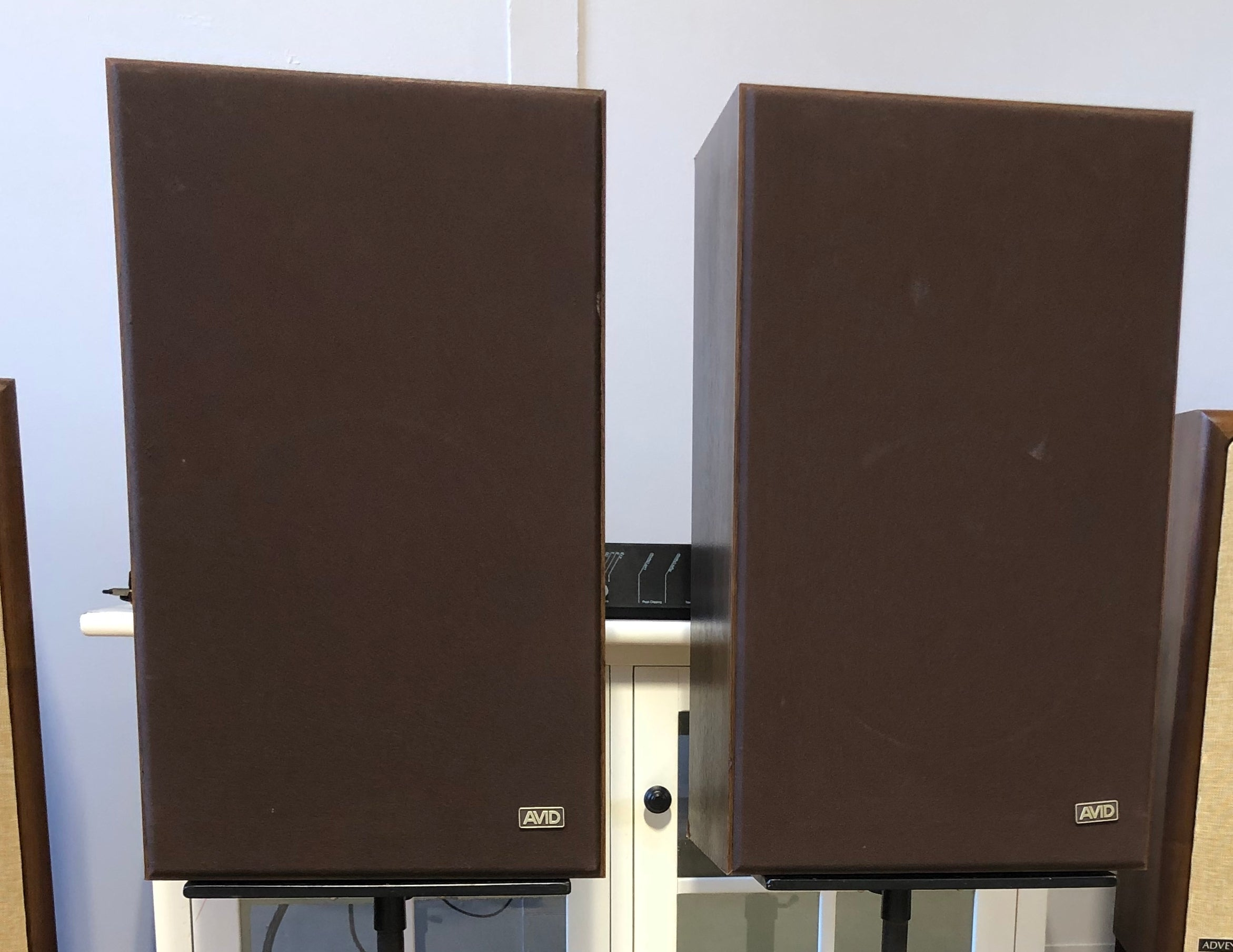 Avid Corporation 102 Loudspeakers, Vintage, Like New