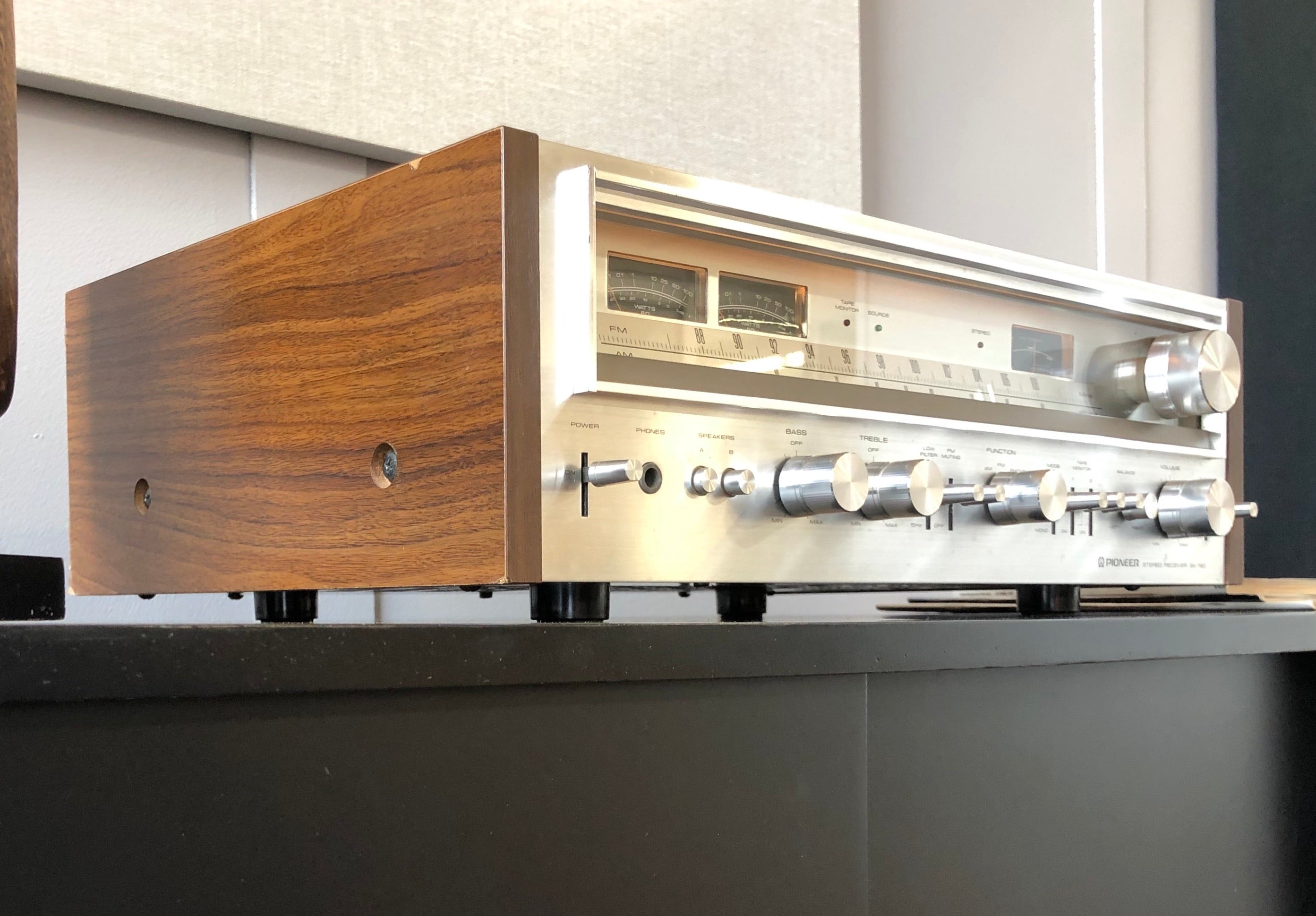 SOLD: Pioneer SX-780 Vintage Receiver, Serviced