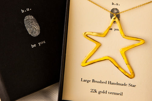 NE127V Large Star Gold - b.u. jewelry