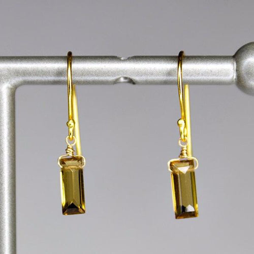 XE1CQG Small Baguette Earring Cognac Quartz Gold