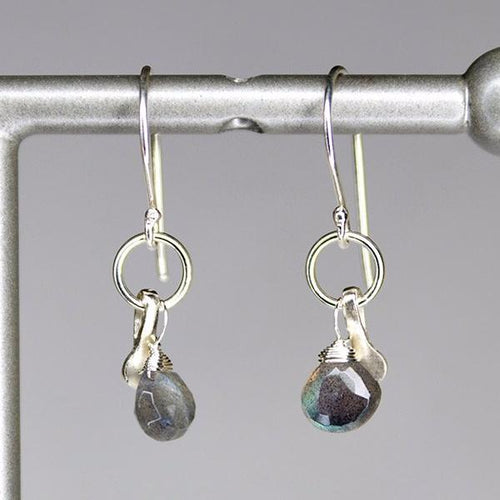 XE2LS Labradorite Earring with Silver accent