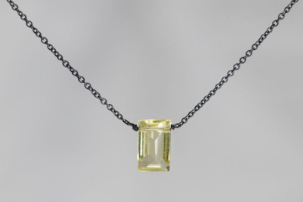XSLQB Lemon Quartz Small Baguette Oxidized Necklace