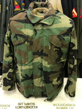 M-65 ARMY ISSUE CAMO FIELD JACKET COLD WEATHER M-1965 WOODLAND CAMOUFLAGE