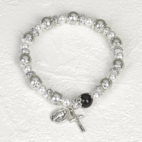 Capped Light Gray & Pearl Stretch Bracelet