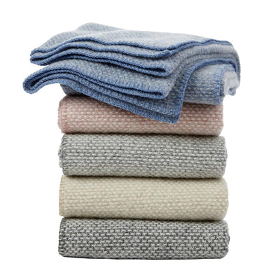 Klippan Domino Lambwool Blanket - Light Grey
