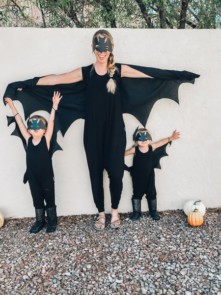 Matching mom and daughter rompers in black. DIY Halloween costumes.
