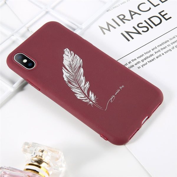 Coque iPhone 11 Rouge Plume Fluorescente