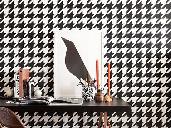 5 Tips for an Inspired Home Office with Wallpaper