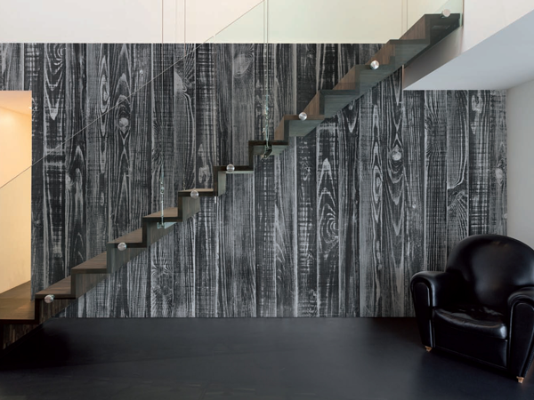 Black and White Striped Wallpapers for an Elegant Contrast in Your Home