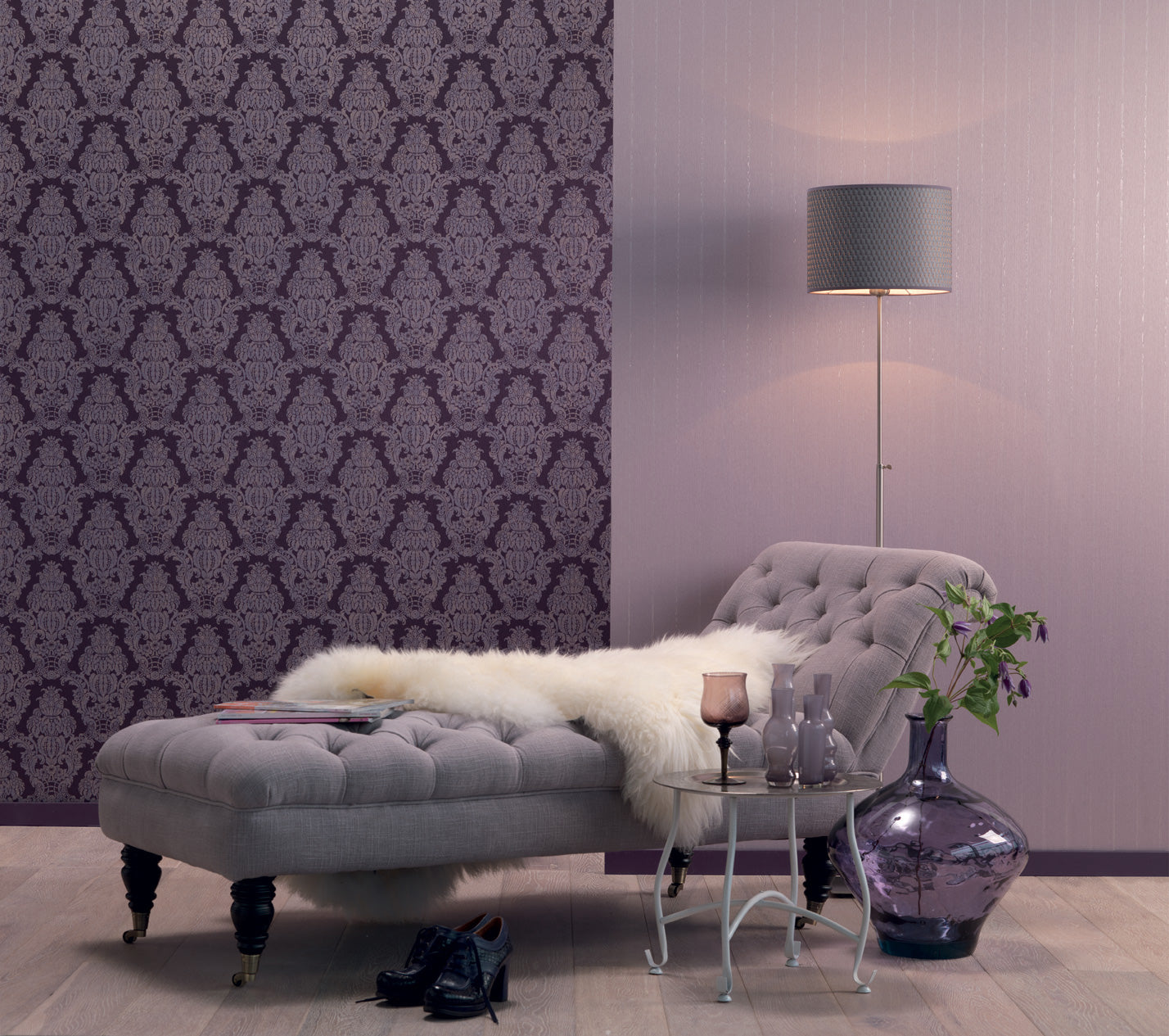 The choice of wallpaper for the living room, photo