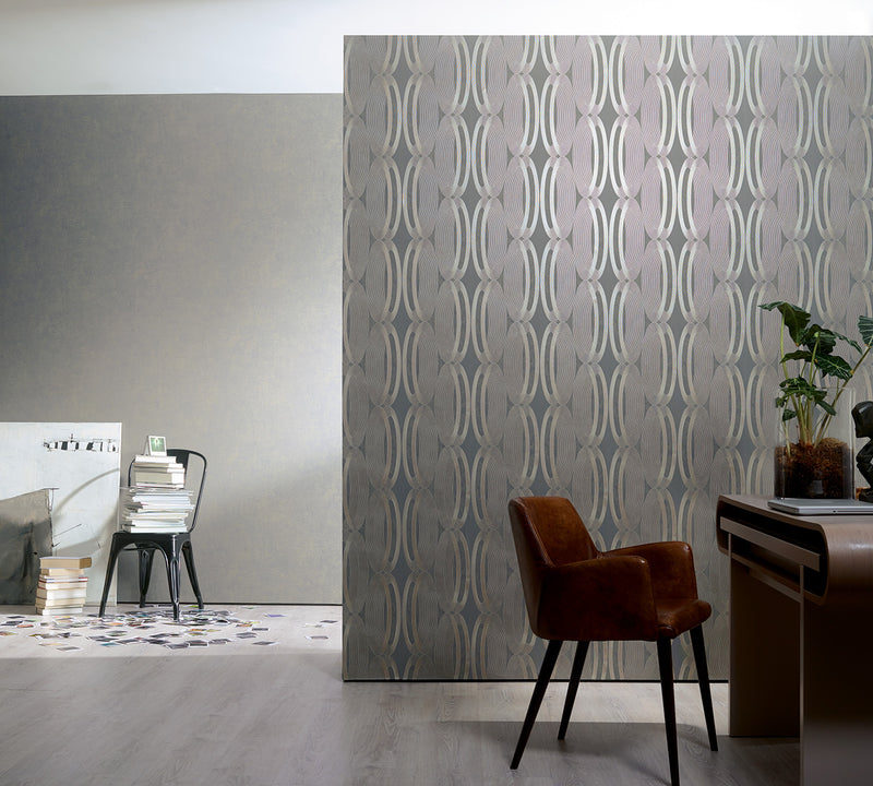 Contemporary Metallic And Grey Wheeled Wallpaper R3965