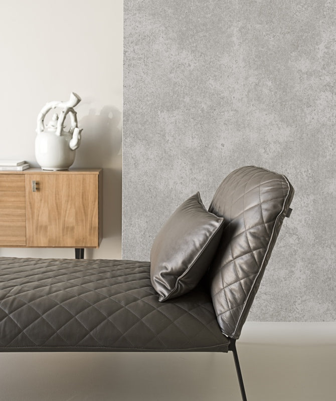 Warm Grey Swill Traditional Wallpaper R1389 . Grey wallpaper. Traditional wallpaper. Textured wallpaper.