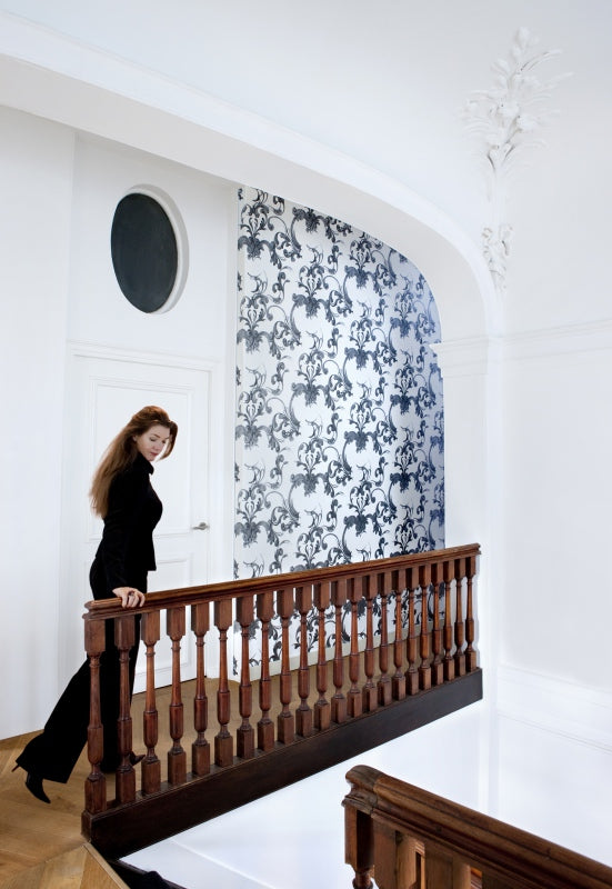 Black & White Swirl Damask Wallpaper R1503