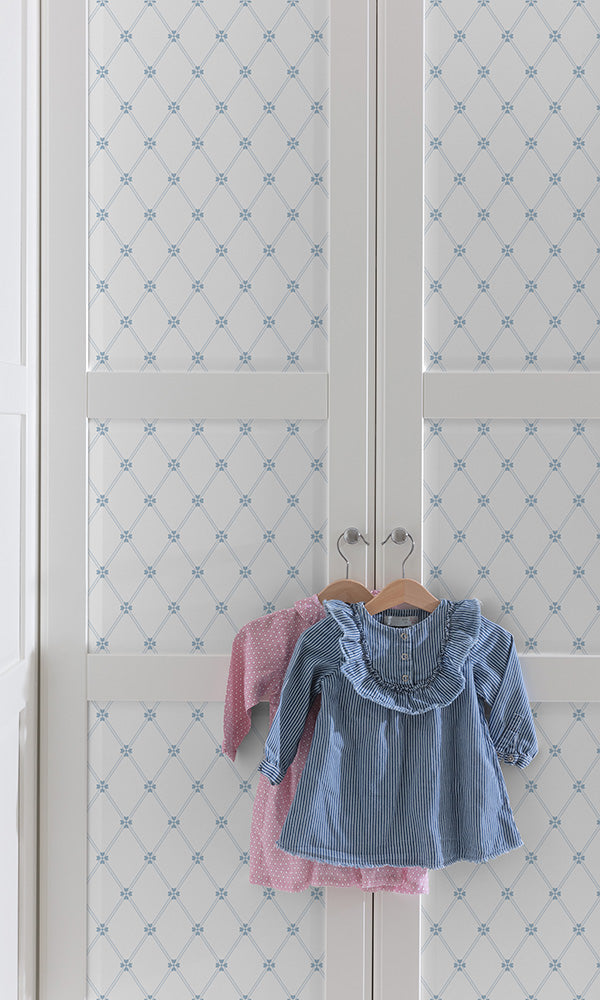 children's wallpaper clover lattice